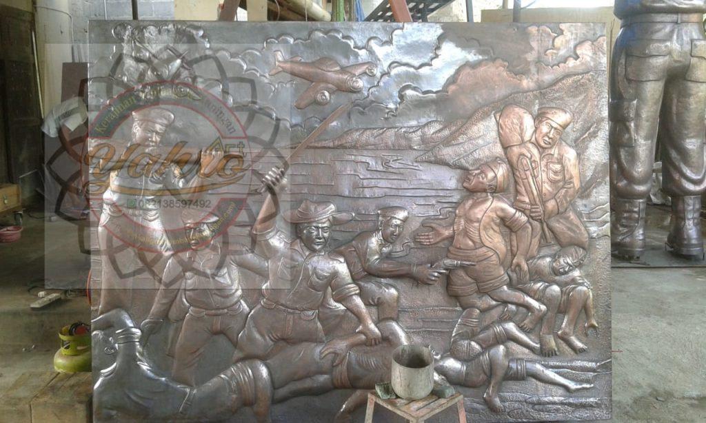 Relief Tembaga Kuningan